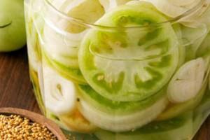 Салат из зеленых помидорона зиму