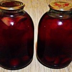 Компот из яблок и ягод на зиму